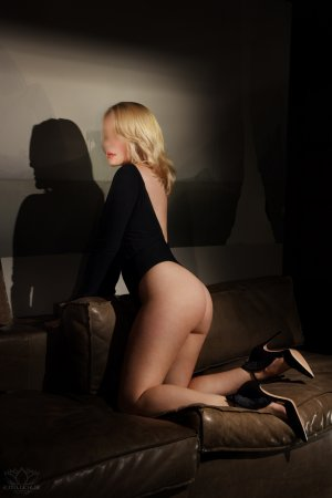 Marie-claudie erotic massage in Thomasville